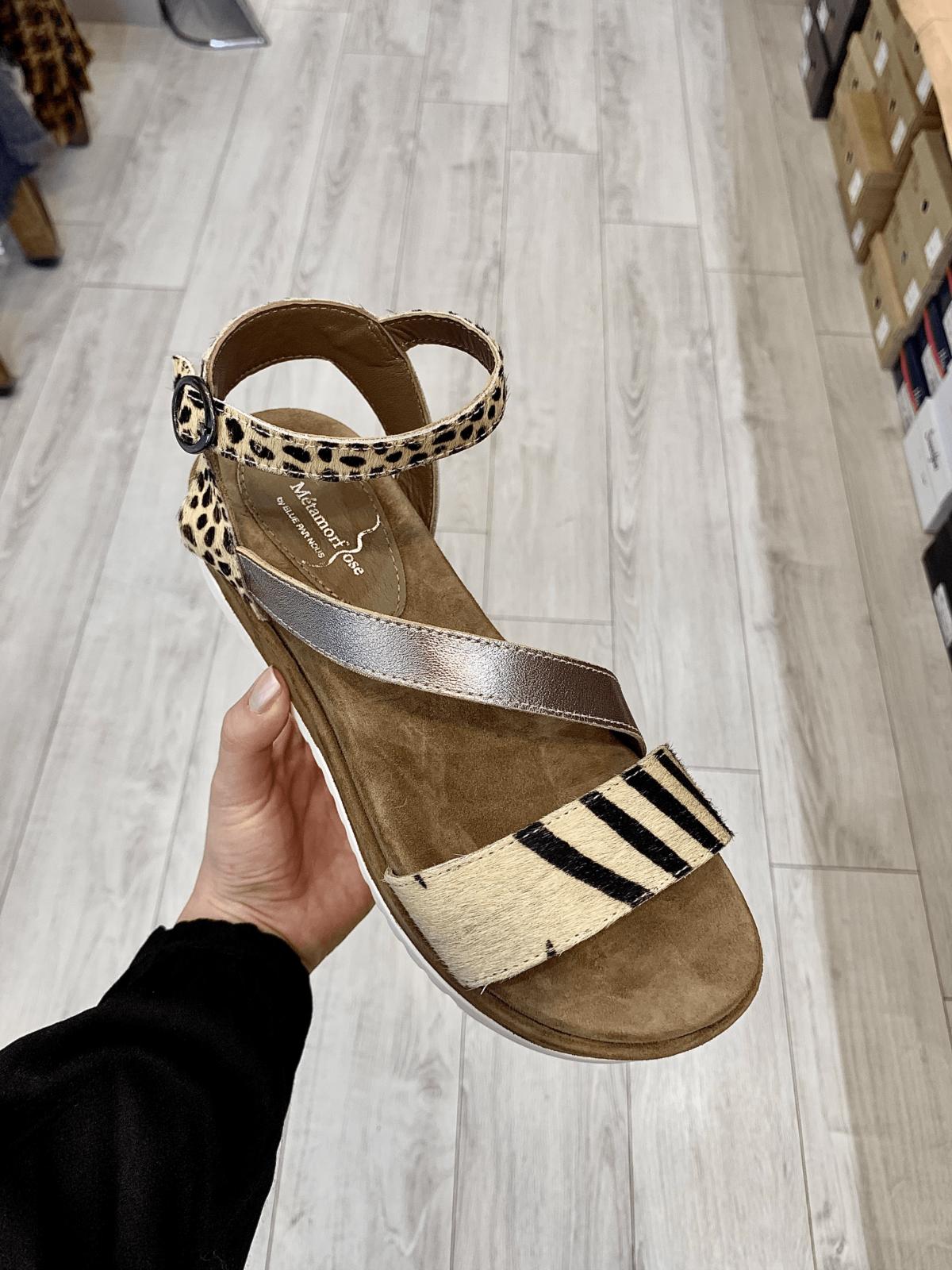 sandales à talons plats